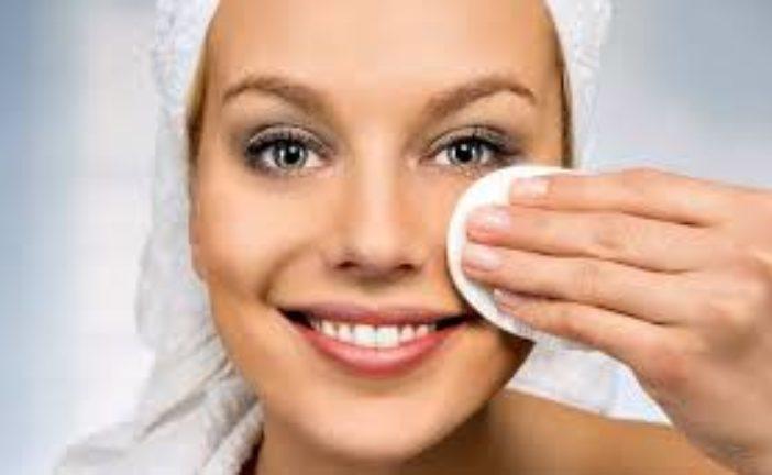 Очищуємо шкіру й забуваємо про прищі