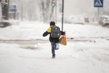 Щоб не втрапили в халепу: поліція Тернопільщини дає поради батькам, як вберегти дітей під час зимових канікул