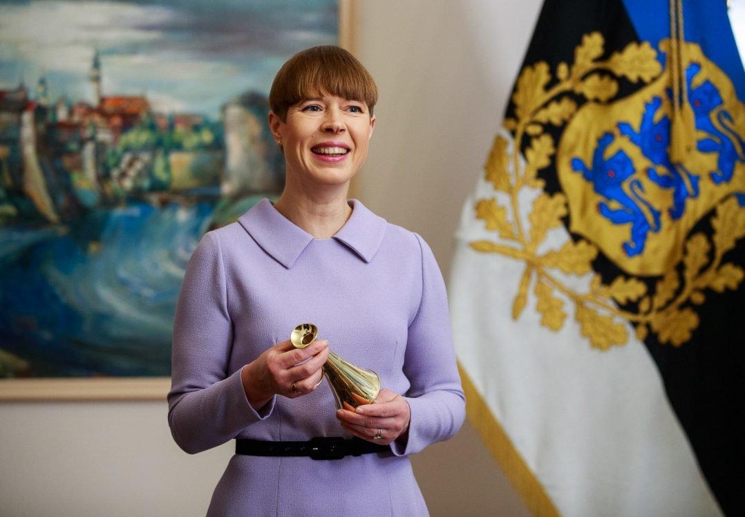 Президентка Естонії повернула Росії подароване кримське шампанське