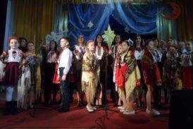 Як колядували у найбільш фестивальному селі на Тернопільщині (ФОТОРЕПОРТАЖ)