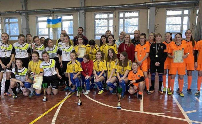 Юні тернополянки перемогли на чемпіонаті області з футзалу