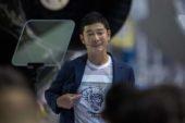 Мільярдер з Японії шукає дівчину для польоту на Місяць