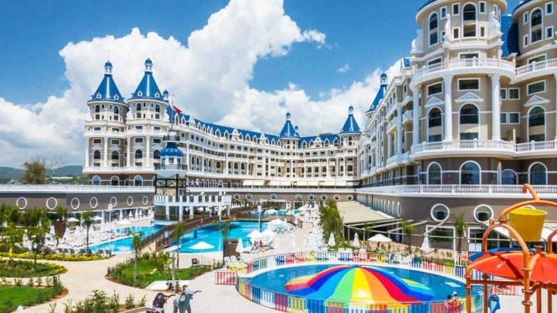 Заселитися в турецькі готелі стане складніше