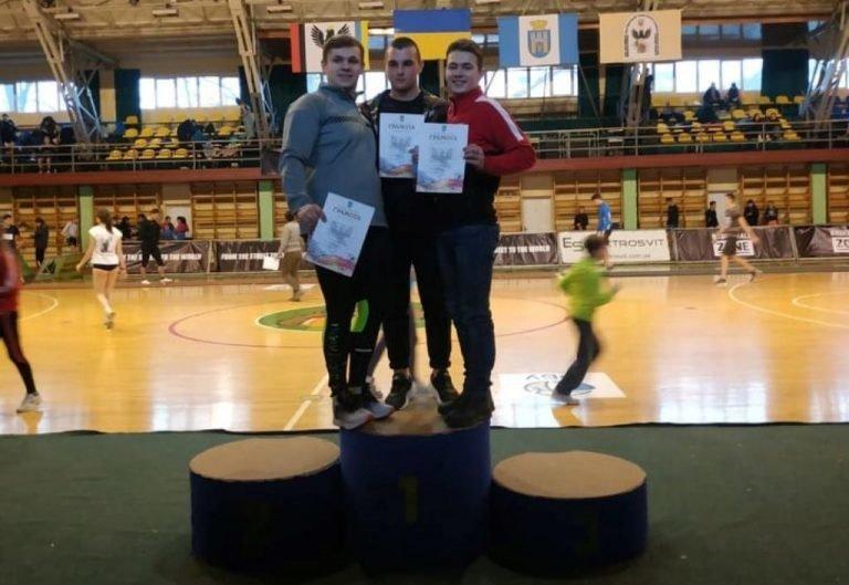 Тернопільські легкоатлети на Відкритому чемпіонаті Прикарпаття завоювали одну золоту, дві срібні і дві бронзові нагороди