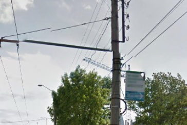 У Тернополі розміщувати рекламу на електроопорах заборонено