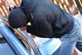 Злодії з автомобіля жителя Почаєва викрали 100 тисяч гривень, а в тернополянки – 40 тисяч
