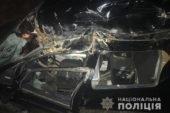 На Кременеччині іномарка врізалася в лісовоз (ФОТО)