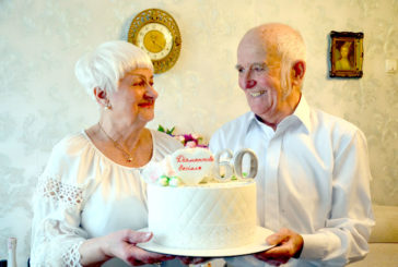 Подружжя з Чорткова відсвяткувало діамантове весілля: 60 років тому вони дали обітницю бути разом