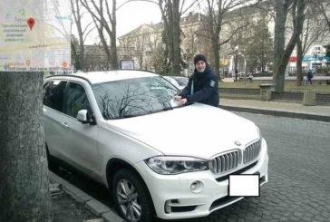 Найбільше порушень з паркування авто – у центрі Тернополя (ФОТО)