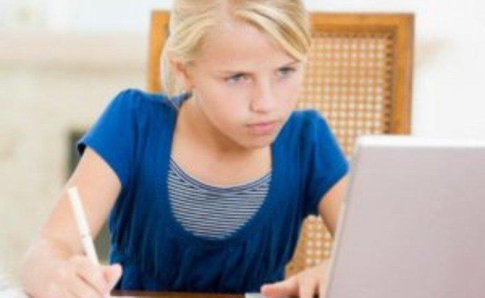 Уроки для школярів почнуть проводити по телевізору