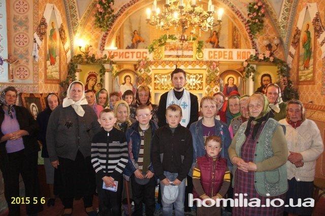 У селі на Тернопільщині на горищі церкви знайшли старовинні ікони (ФОТО)