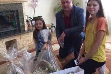 Колектив Держпродспоживслужби передав великодні подарунки родині загиблого на Донбасі Юрія Коваля з Ланівців (ФОТО)