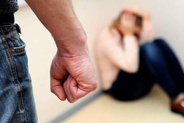 Поліцейські закликають тернополян не замовчувати факти домашнього насильства та звертатись за допомогою