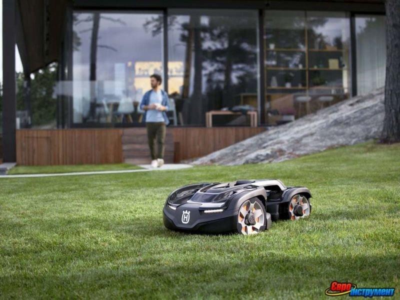 Роботи-газонокосарки: чи варто купувати?
