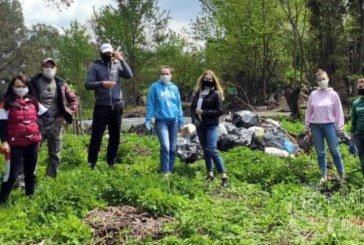 За чисте довкілля - разом: молодь прибрала Лановецький зооботсад і зібрала 15 мішків сміття