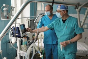 На передовій з коронавірусом: у Тернопільській міськраді розповіли, скільки виплатили премій медикам