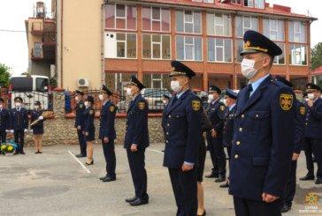Лави тернопільських вогнеборців поповнились молодими фахівцями (ФОТО)