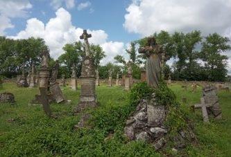 Струсівський некрополь на Тернопільщині – музей під відкритим небом (ФОТО)