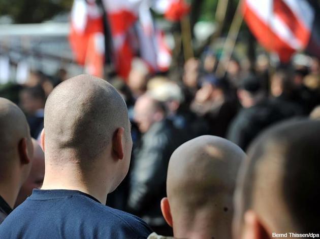 Німецькі праворадикали проходять вишкіл у Росії, а потім дехто їде воювати на Донбас проти України