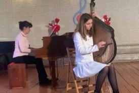 Бандуристка з Шумська на Тернопільщині перемогла у двох міжнародних конкурсах