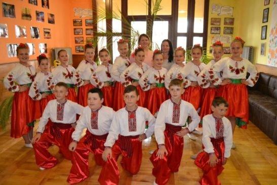 Танцювальний колектив з Козови на Тернопільщині увійшов у трійку кращих на міжнародному онлайн-конкурсі (фото)
