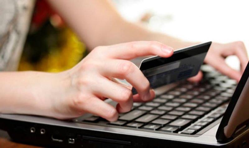Ні «євробляхи», ні 3000 євро: інтернет-шахрай «кинув» жительку Тернопільщини