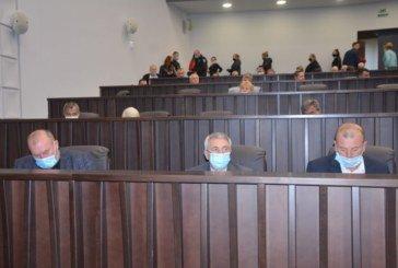Депутати облради вимагають зареєструвати списки радикалів Тернопілля