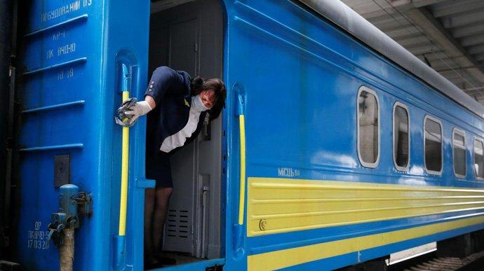 Укрзалізниця відновила продаж квитків у Тернополі