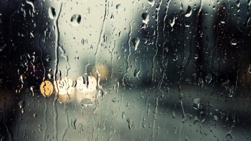 У неділю буде холодно й дощитиме