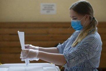 Як проголосувати на виборах і не підхопити COVID-19: важливі поради