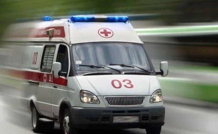 На Тернопільщині один водій «Мерседеса-спринтера» в'їхав у причеп трактора, інший – збив велосипедиста