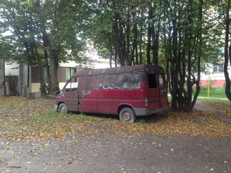 Тернополяни повідомили про 14 залишених машин