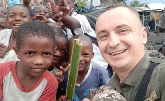 Іграшки - з картону, цукерки - розкіш: миротворець з Тернопільщини про дитинство в африканській країні (ФОТО)
