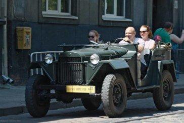 Михайло Тимків з Коропця на Тернопільщині відновлює старовинні автомобілі 30-40-их років (фото)