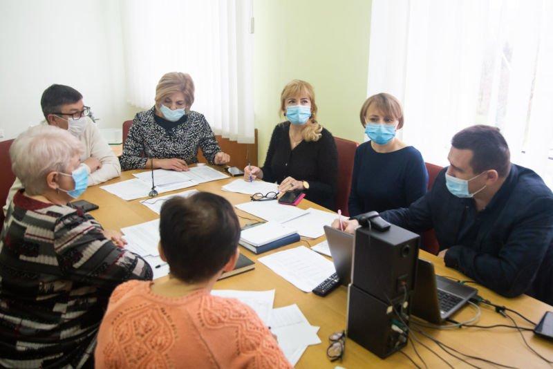 На Тернопільщині кожен пацієнт з підозрою на COVID-19 має бути протестований вчасно – ОДА