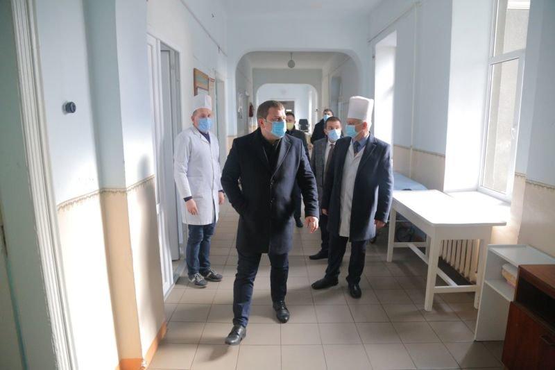 Першочергове завдання – під'єднати кисень до усіх медзакладів Тернопільщини – Володимир Труш (ФОТО)