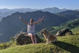 Неймовірна подорож із собакою: як тернополянка з Булочкою ходили маршрутом пілігримів