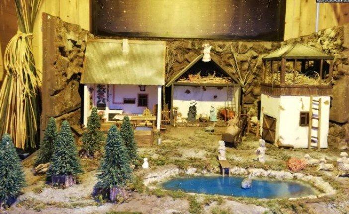 У Ватикані вперше представили на виставці український вертеп, який створила монахиня із Зарваниці на Тернопільщині (ФОТО)