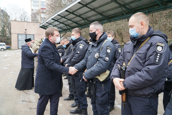 Зведений загін тернопільських поліцейських відбув у зону ООС