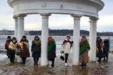 Заняття з психологом та вивчення гаджетів: літніх тернополян чекають у міському територіальному центрі