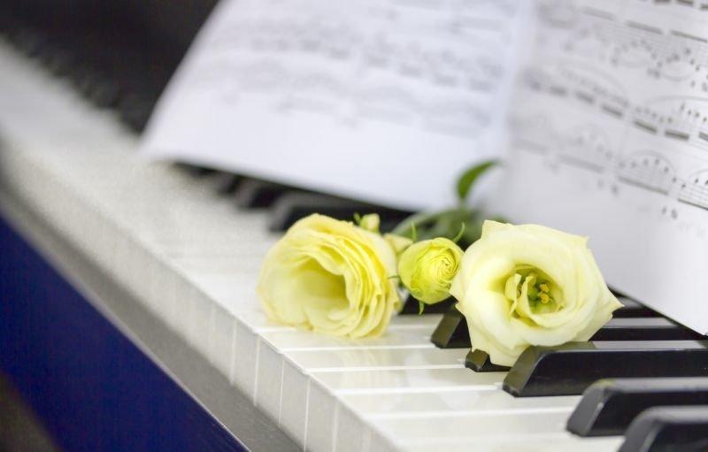 Продається піаніно…