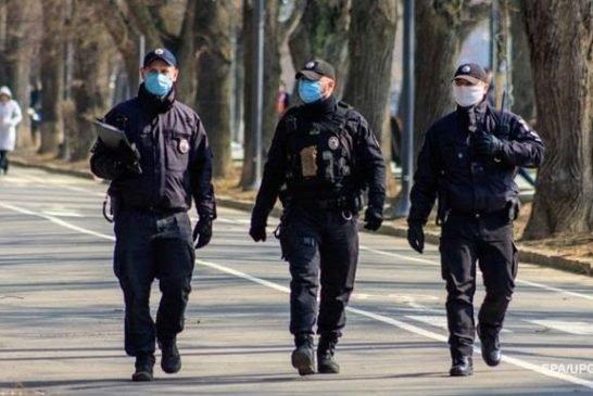 На Тернопільщині за порушення карантину поліцейські склали 54 адмінпротоколи та винесли 417 постанов