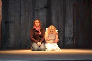 «Одного разу в морзі»: тернопільський театр запрошує на прем'єру чорної комедії (фото)