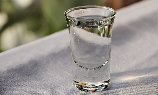 16-річна тернополянка отруїлася горілкою: каже «випила трохи»