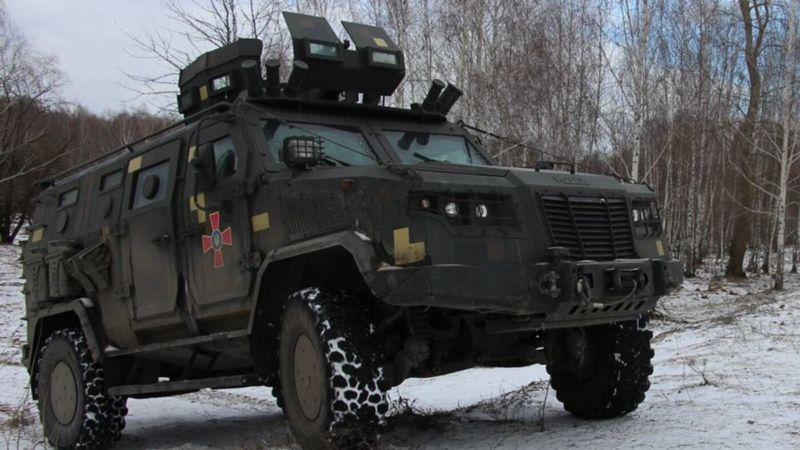 Авто з українськими воїнами підірвалося на Донбасі: майже десяток постраждалих