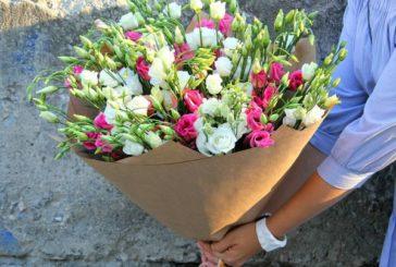 Господиня квіткової крамнички
