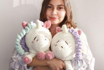 Дитячі мрії з ниток: майстриня зі Збаража створює іграшки, казкових героїв та крихітних ляльок (ФОТО)