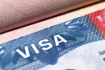США знову видаватимуть робочі візи