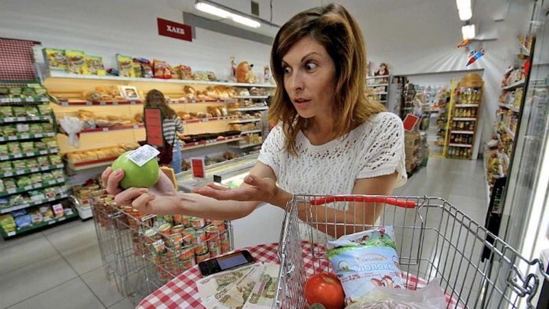 Магазини «кишать» фальсифікатом, але українці платять за продукти, як європейці