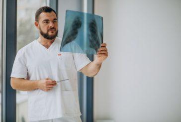 Тернопільський онколог Назарій ЧОРНИЙ: «Пухлина в легенях може виростати до 10 сантиметрів,  не даючи жодним чином про себе знати»